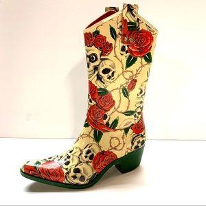 J C CORKYS Skulls & Roses Boots, 6